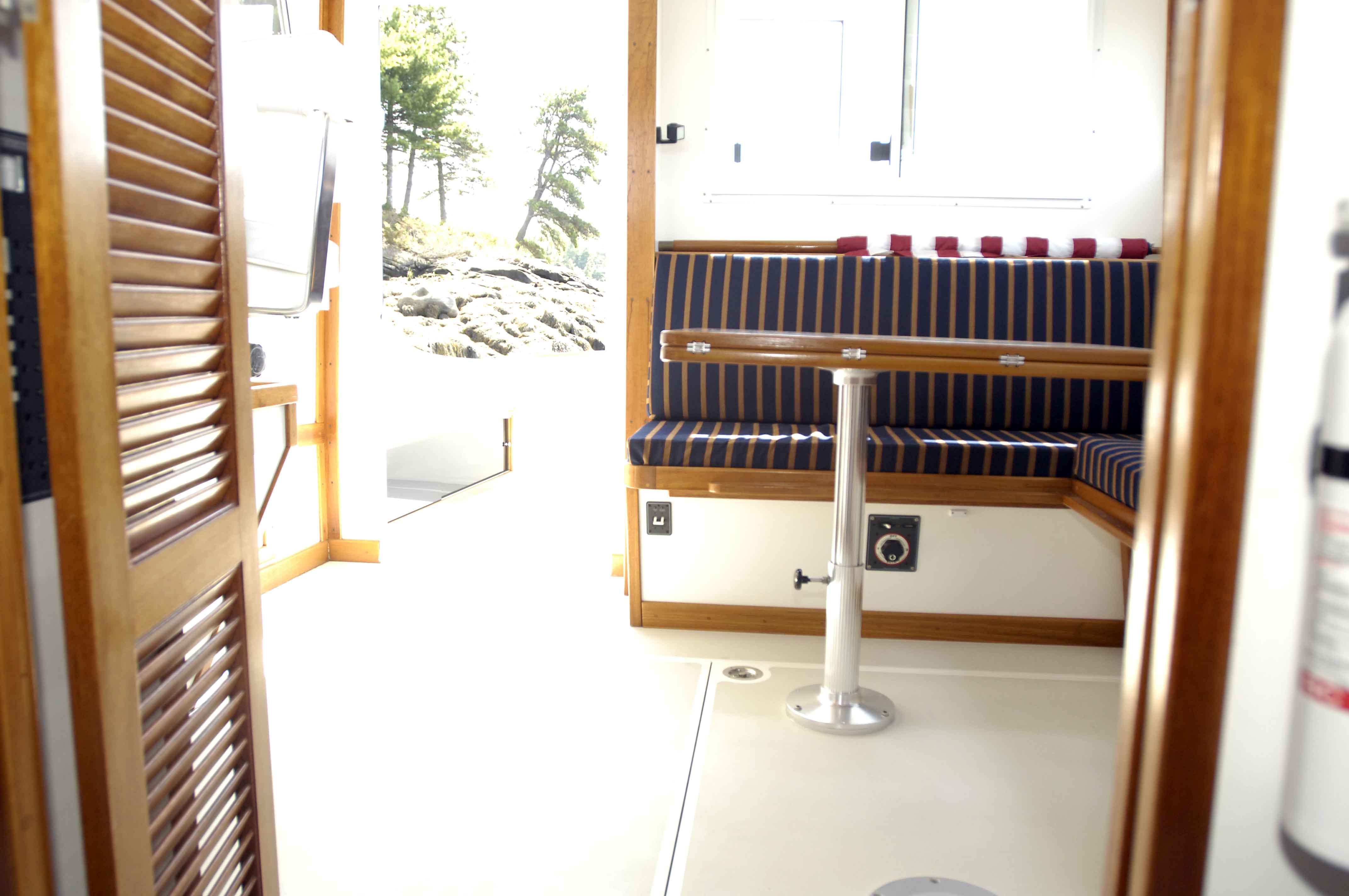 Ellis 32 Extended Top Cruiser For Sale